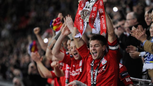 Steven Gerrard lifts the Cup